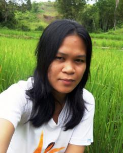 Mercy Gawason, a Subanen crafter, went to Midsalip on Thursday July 13, 2017 to see what further information they could gather about the missing and captive Subanens - Photo: Fr Vincent Busch