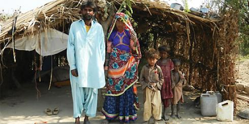 Columban Missionaries with family in Pakistan.